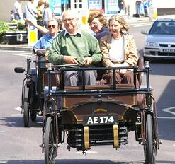 All automobile drivers should be aware of the elderly and understand when to stop driving with this advice from Gordon Insurance