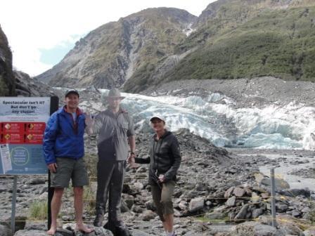 Fox Glacier ranger syas stop