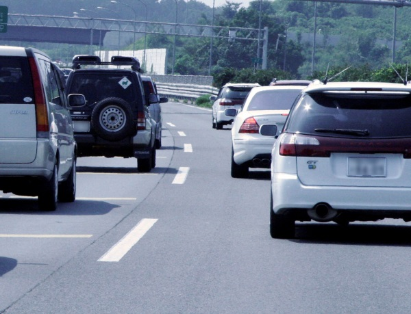 Drive_safely_and_warn_other_drivers_with_blinkers_and_auto_insurance_from_andrew_gordon_inc_norwell_ma-1