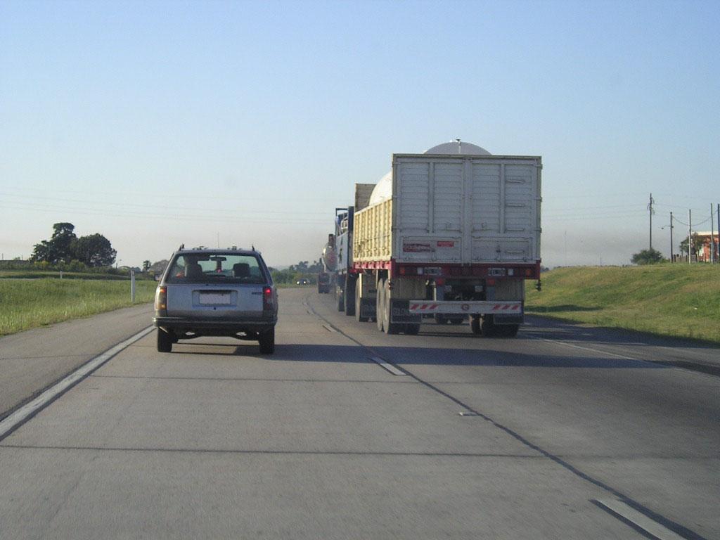 Truck on road.jpg
